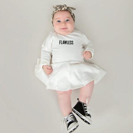 בגד גוף לבן לתינוק