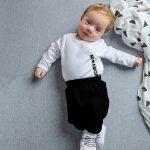 בגדים מעוצבים לתינוקות